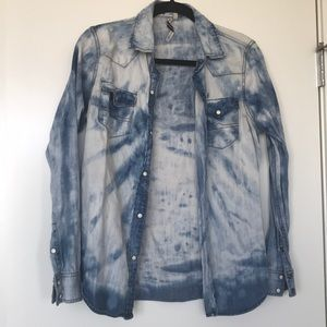 Jean button up from Romeo and Juliet